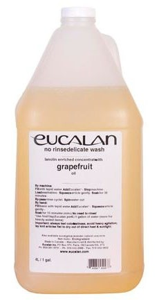 Eucalan Grapefruit No Rinse Delicate Wash (Lanolin Enriched Concentrate), 4 Litres (1 Gallon)