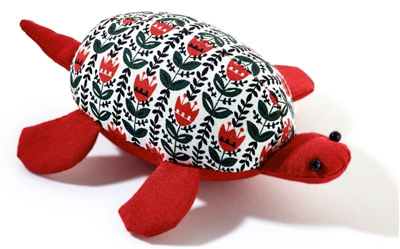 Pin cushion, Tortoise, with Prym for Kids design