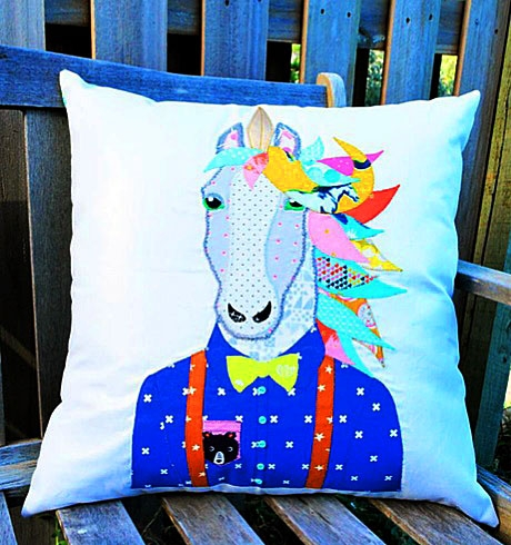 JAGUNI - Jagger the Unicorn Mini-Tote-Cushion Pattern by Sew Quirky