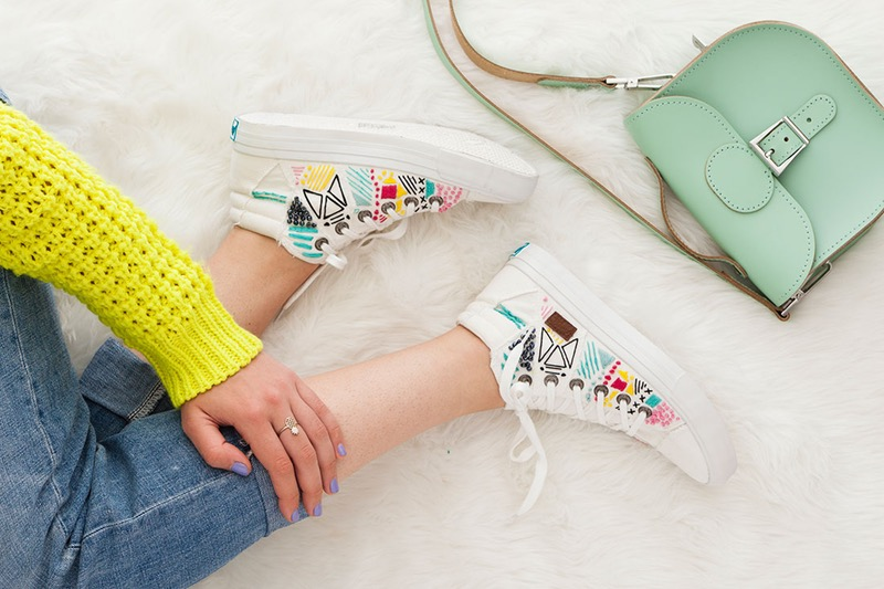 embroidered-sneakers-diy