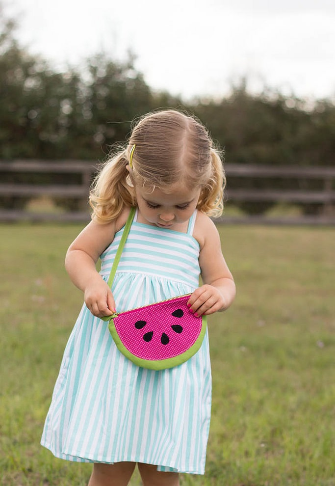 fruit-slice-purses-and-pouches