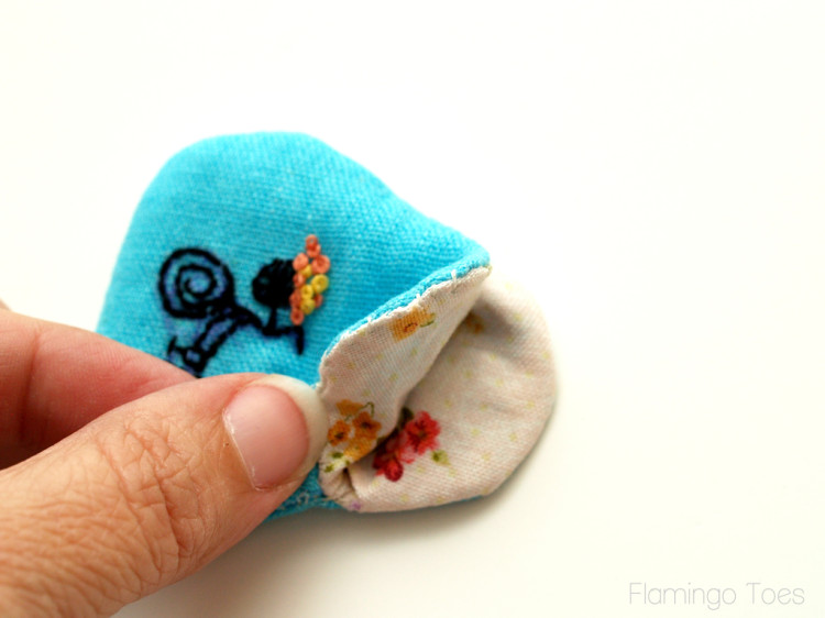 Tiny-Embroidered-Coin-Purses
