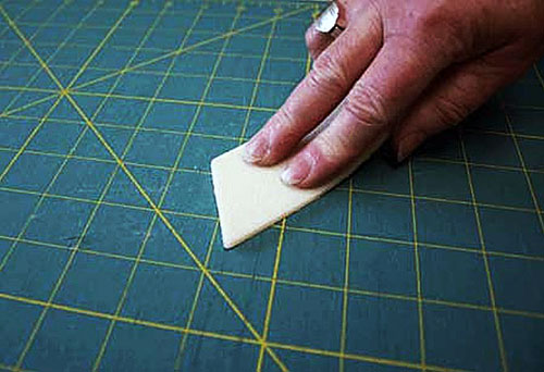 cleaning-cutting-mat
